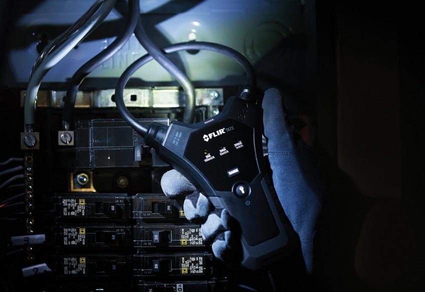 Гибкий щуп FLIR TA72 измеряет ток в труднодоступных местах