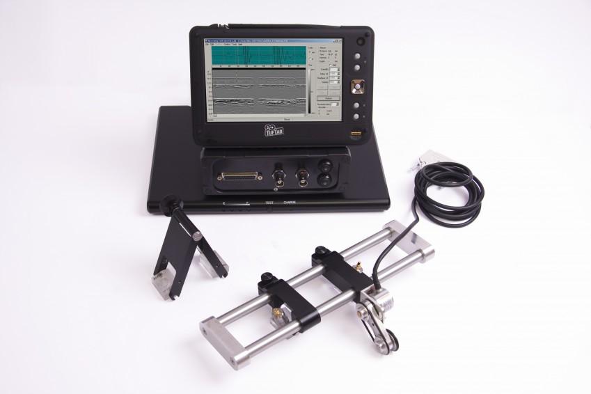 Дефектоскоп с датчиками в комплекте